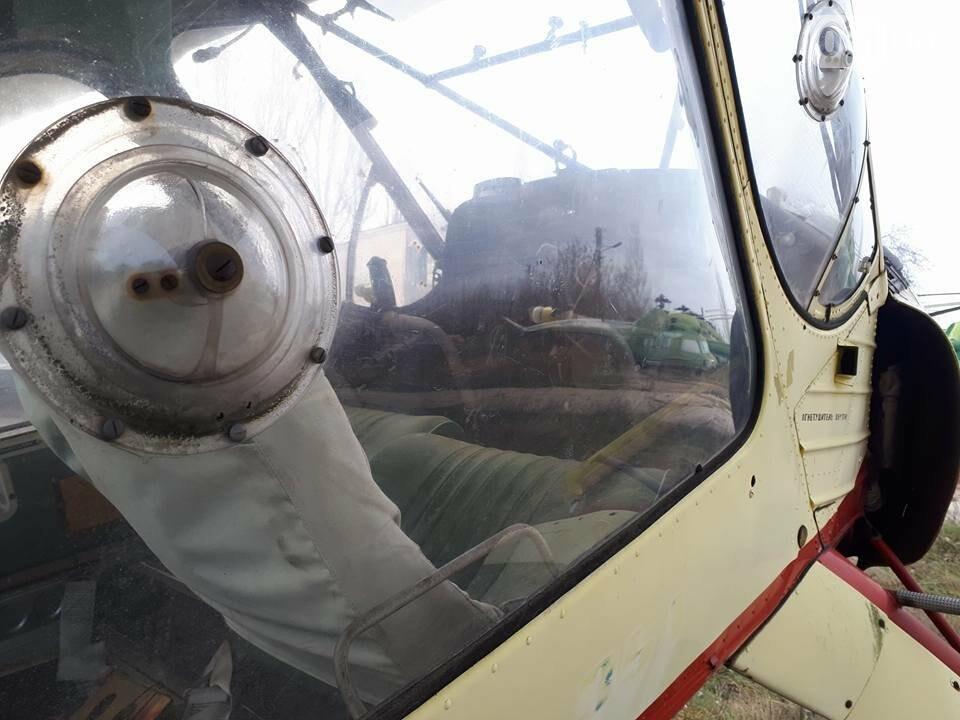 Разбитые самолеты и трава по колено: как сейчас выглядит аэродром в Широком, - ФОТО , фото-14