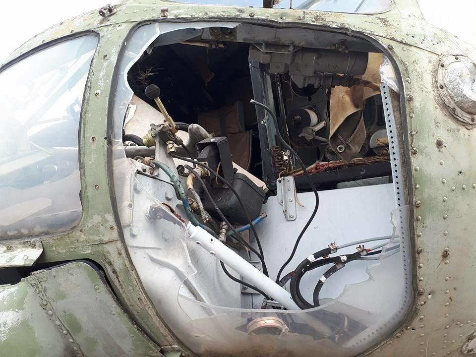 Разбитые самолеты и трава по колено: как сейчас выглядит аэродром в Широком, - ФОТО , фото-8