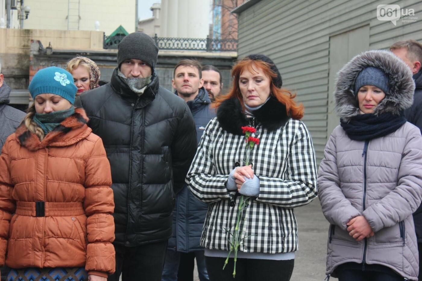 В Запорожье актеры на улице читали стихи о Майдане, - ФОТОРЕПОРТАЖ, фото-11