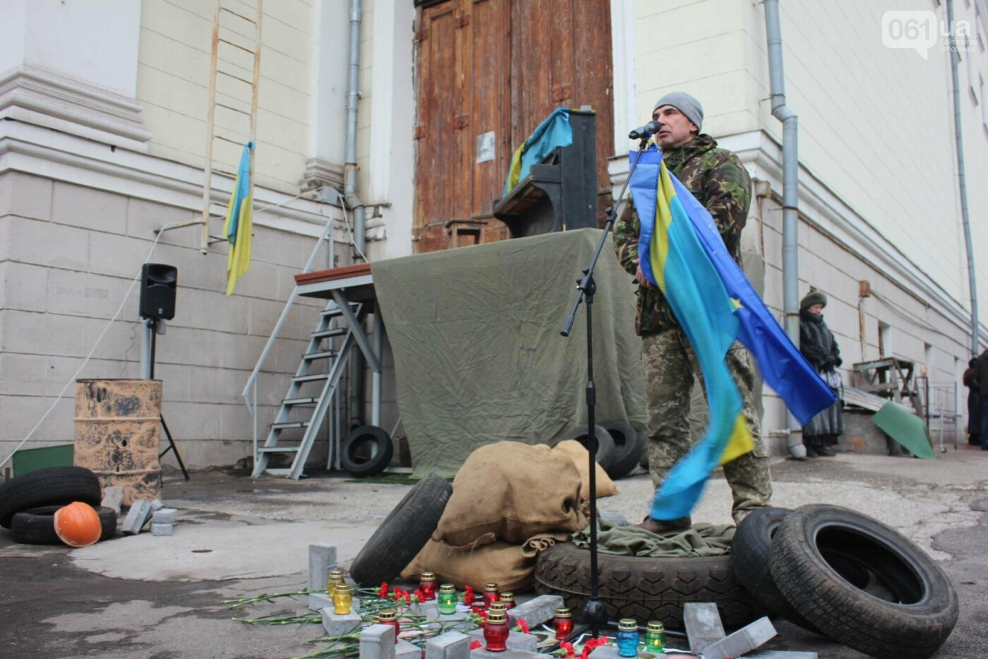 В Запорожье актеры на улице читали стихи о Майдане, - ФОТОРЕПОРТАЖ, фото-9