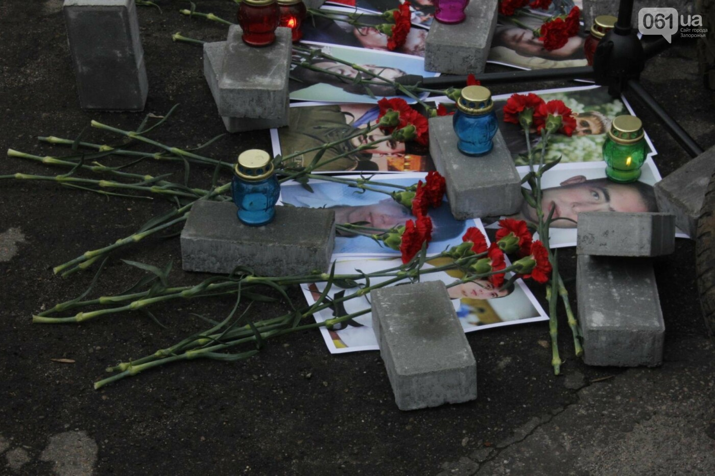 В Запорожье актеры на улице читали стихи о Майдане, - ФОТОРЕПОРТАЖ, фото-10