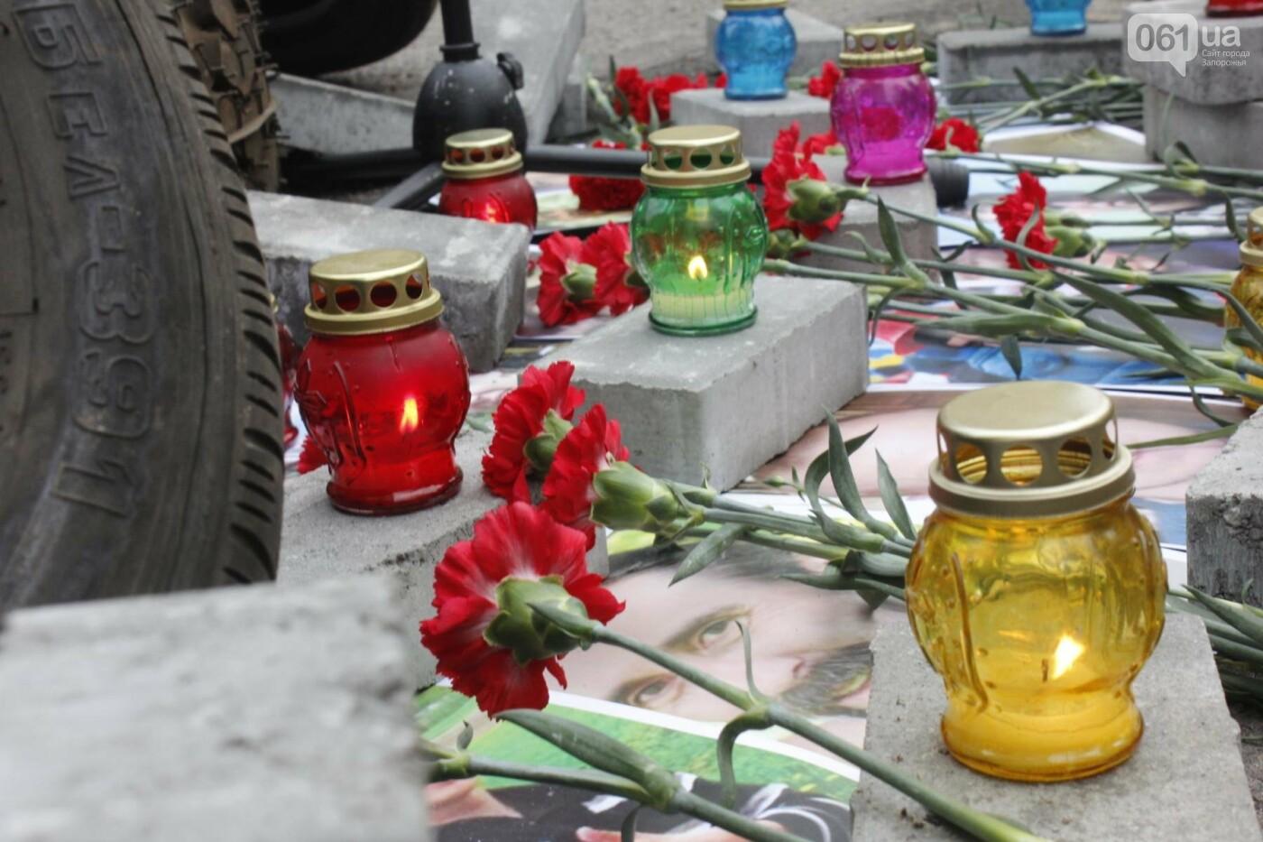 В Запорожье актеры на улице читали стихи о Майдане, - ФОТОРЕПОРТАЖ, фото-7