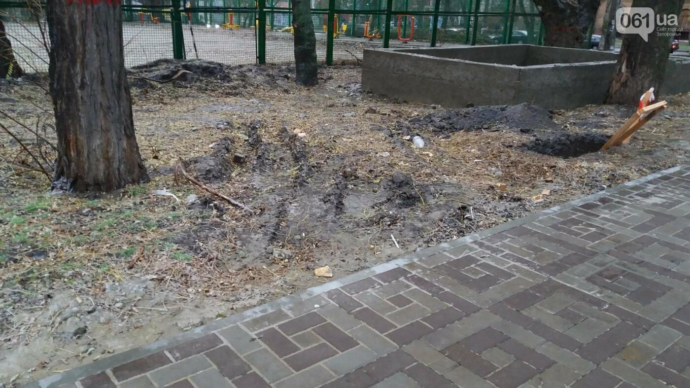 После скандала в СМИ подрядчики восстановили разрушенный бетономешалкой плиточный тротуар, — ФОТОРЕПОРТАЖ, фото-12