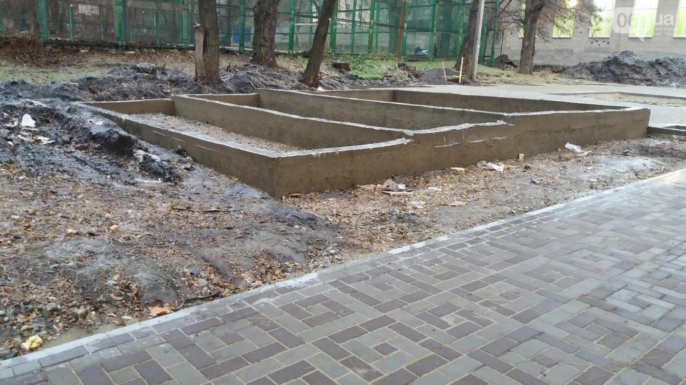 После скандала в СМИ подрядчики восстановили разрушенный бетономешалкой плиточный тротуар, — ФОТОРЕПОРТАЖ, фото-14