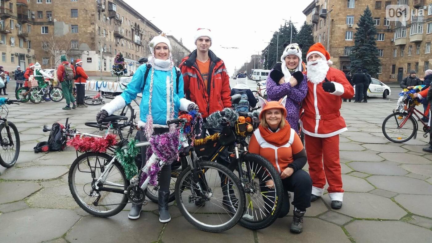 «Дед Мороз рулит!»: запорожские велосипедисты устроили новогодний велопробег, – ФОТОРЕПОРТАЖ, фото-4