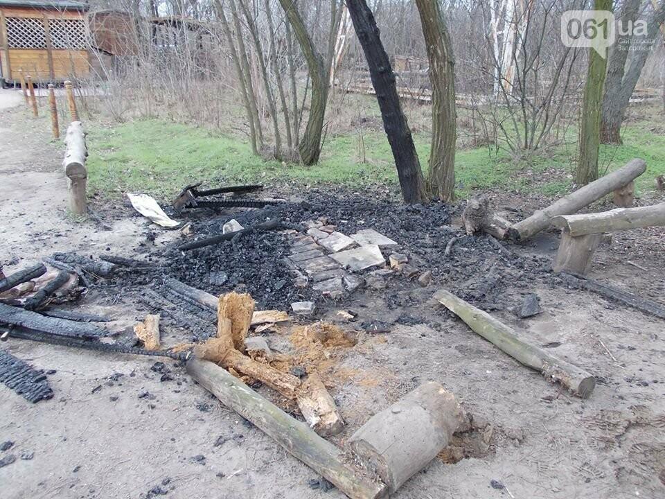 В Запорожье на Хортице сожгли торговый лоток родноверов, — ФОТО, фото-2
