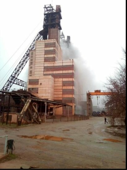 В Запорожской области на шахте произошел пожар, под землей находятся 80 человек, - ФОТО, ВИДЕО (обновлено), фото-2