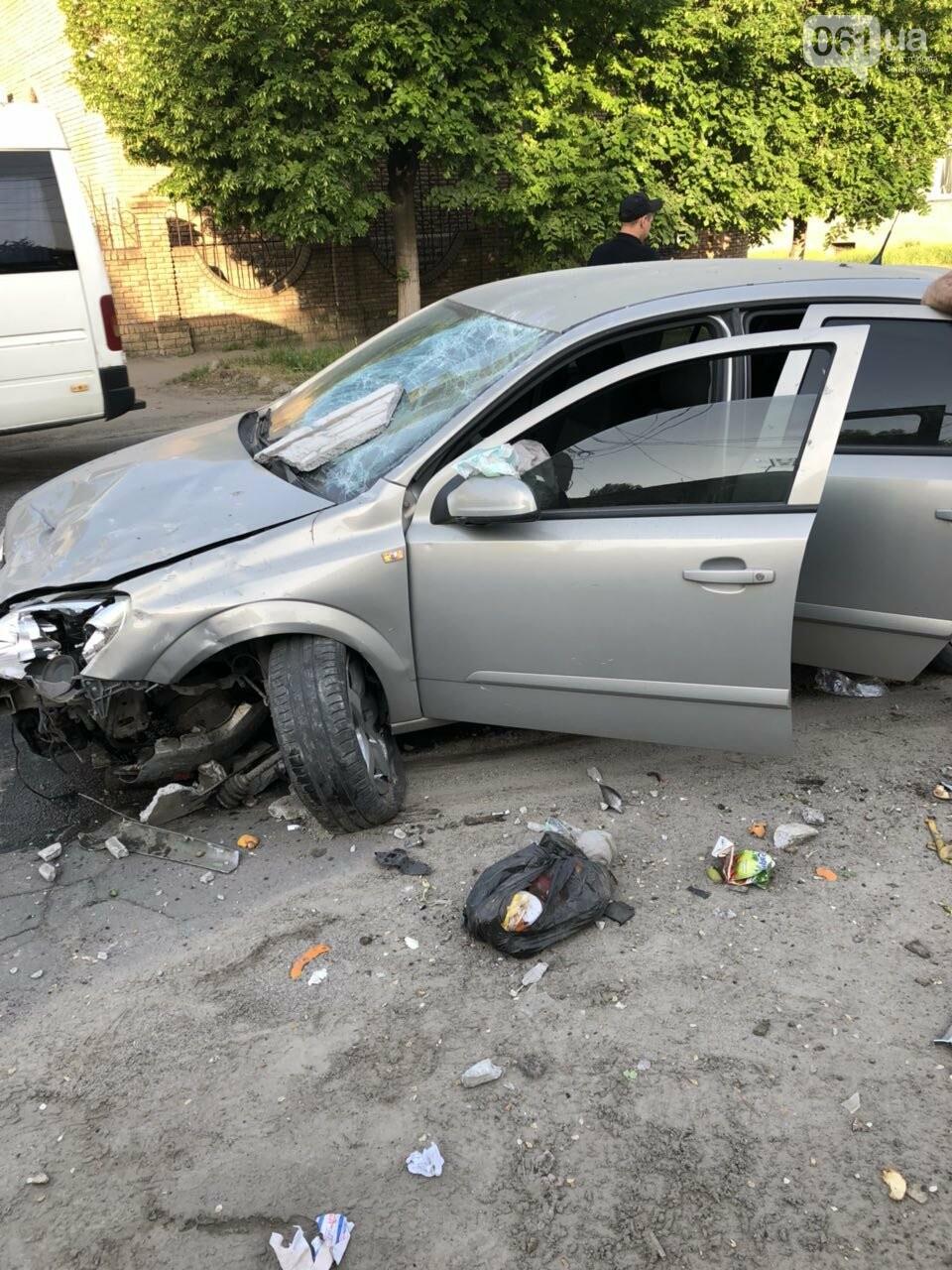 Запорожец разбил автомобиль, въехав в мусорный бак, - ФОТО, фото-2