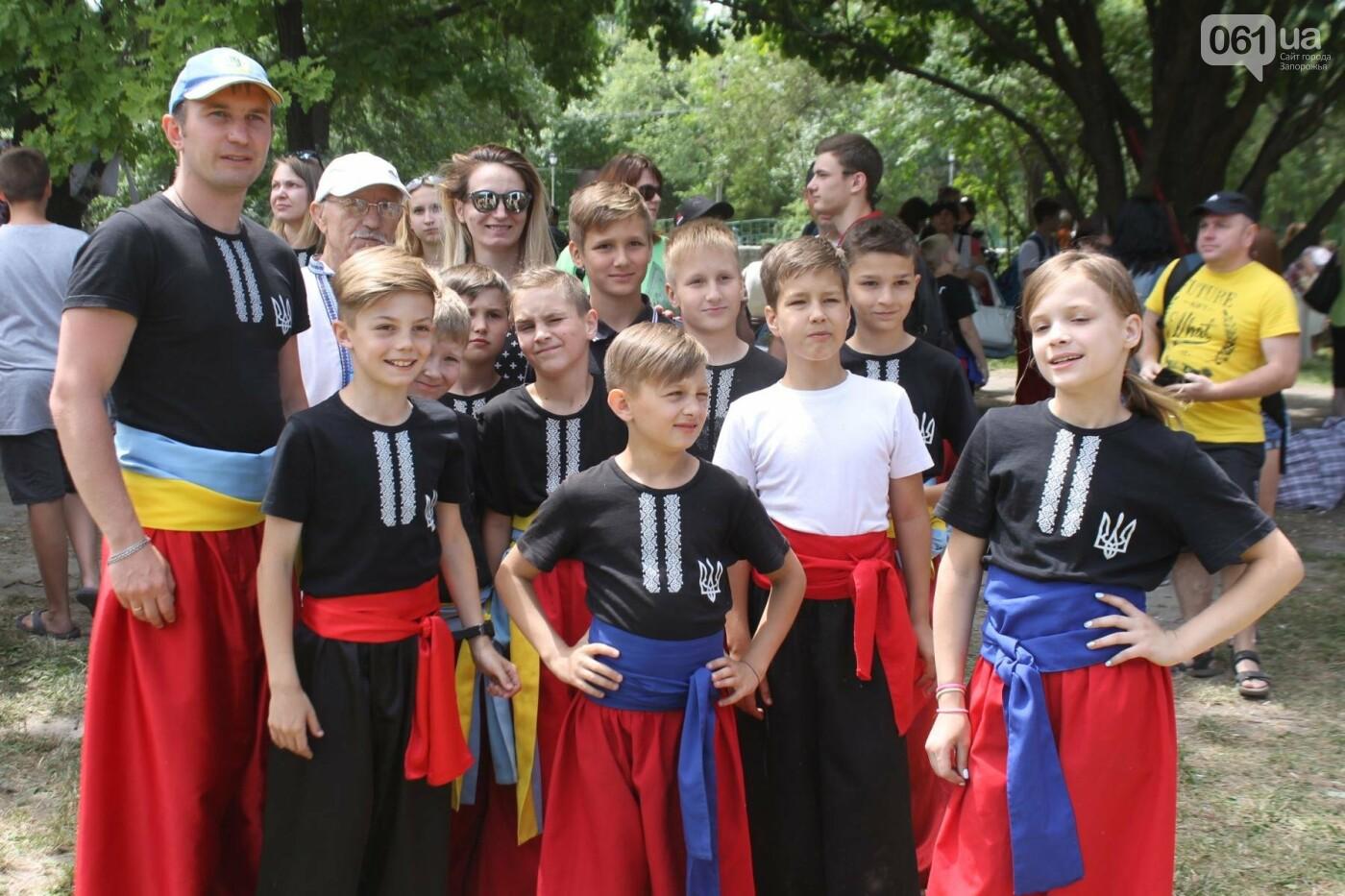 «Лава на лаву», борьба на поясах и ярмарка вышиванок: как в Запорожье прошли всеукраинские казацкие игры, – ФОТОРЕПОРТАЖ, фото-38