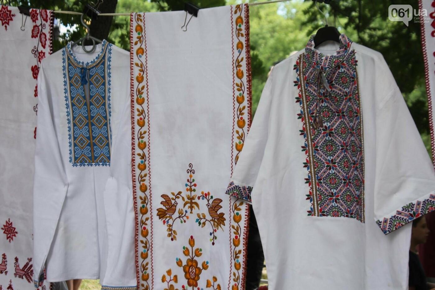 «Лава на лаву», борьба на поясах и ярмарка вышиванок: как в Запорожье прошли всеукраинские казацкие игры, – ФОТОРЕПОРТАЖ, фото-47