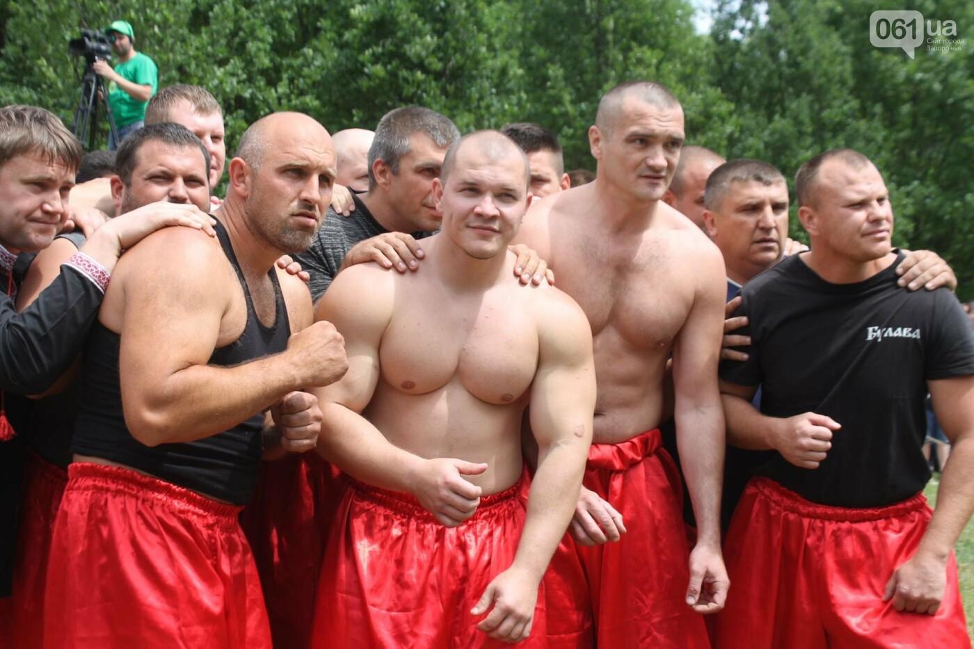 «Лава на лаву», борьба на поясах и ярмарка вышиванок: как в Запорожье прошли всеукраинские казацкие игры, – ФОТОРЕПОРТАЖ, фото-13