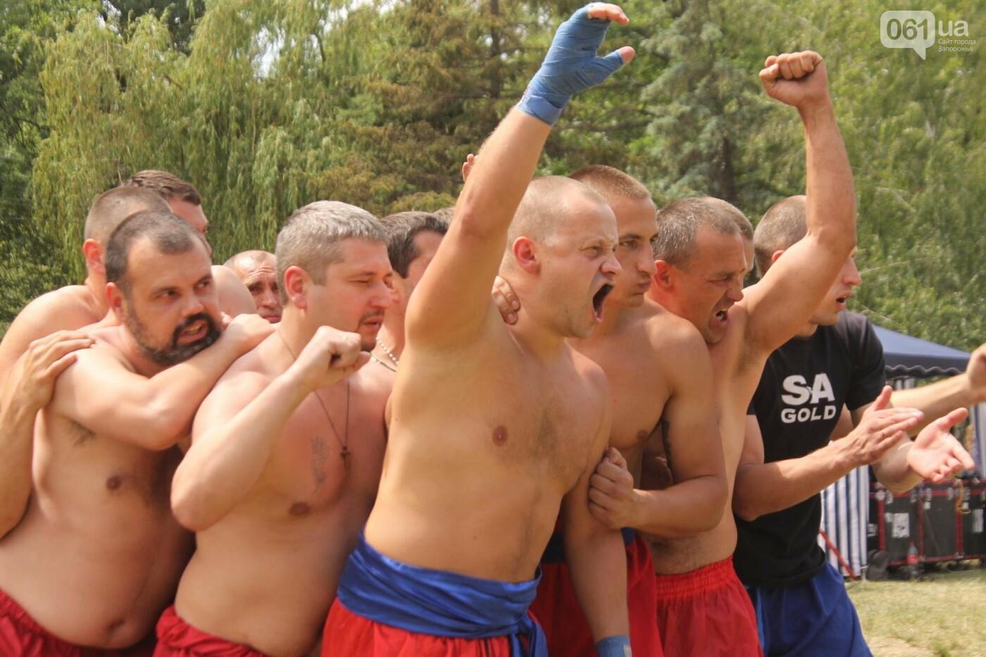 «Лава на лаву», борьба на поясах и ярмарка вышиванок: как в Запорожье прошли всеукраинские казацкие игры, – ФОТОРЕПОРТАЖ, фото-16