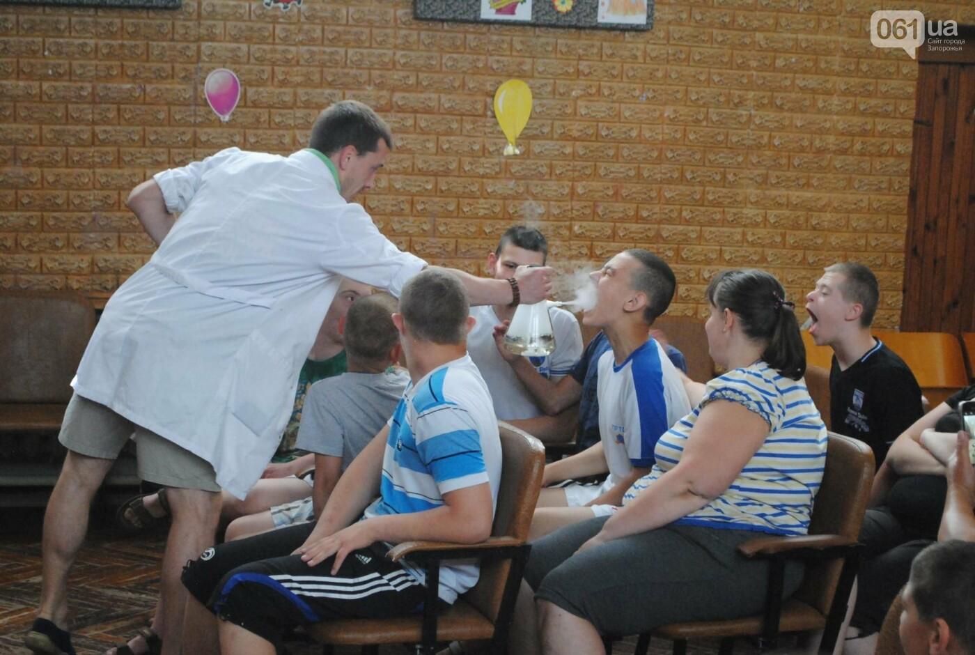 Фонд Александра Петровского поздравил воспитанников интерната, фото-15