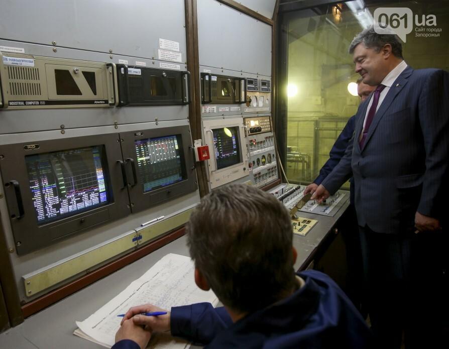 Едет-не едет: Как часто Порошенко приезжает в Запорожье и что о запорожцах пишут на сайте президента, фото-21