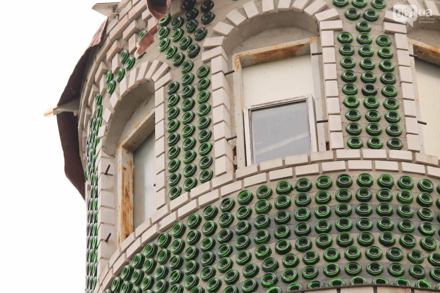 «Отцу предлагали продать дом за миллион. Он отказался»: история замка из бутылок шампанского, – ФОТОРЕПОРТАЖ, фото-4