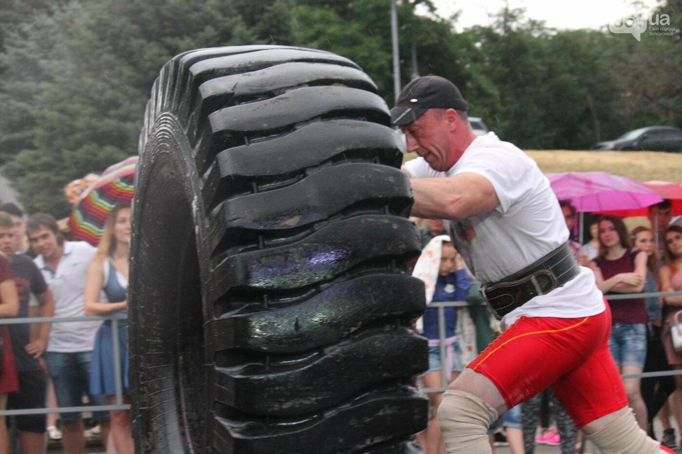 «Казацкая сила»: как в Запорожье соревновались лучшие стронгмены, – ФОТОРЕПОРТАЖ, фото-21