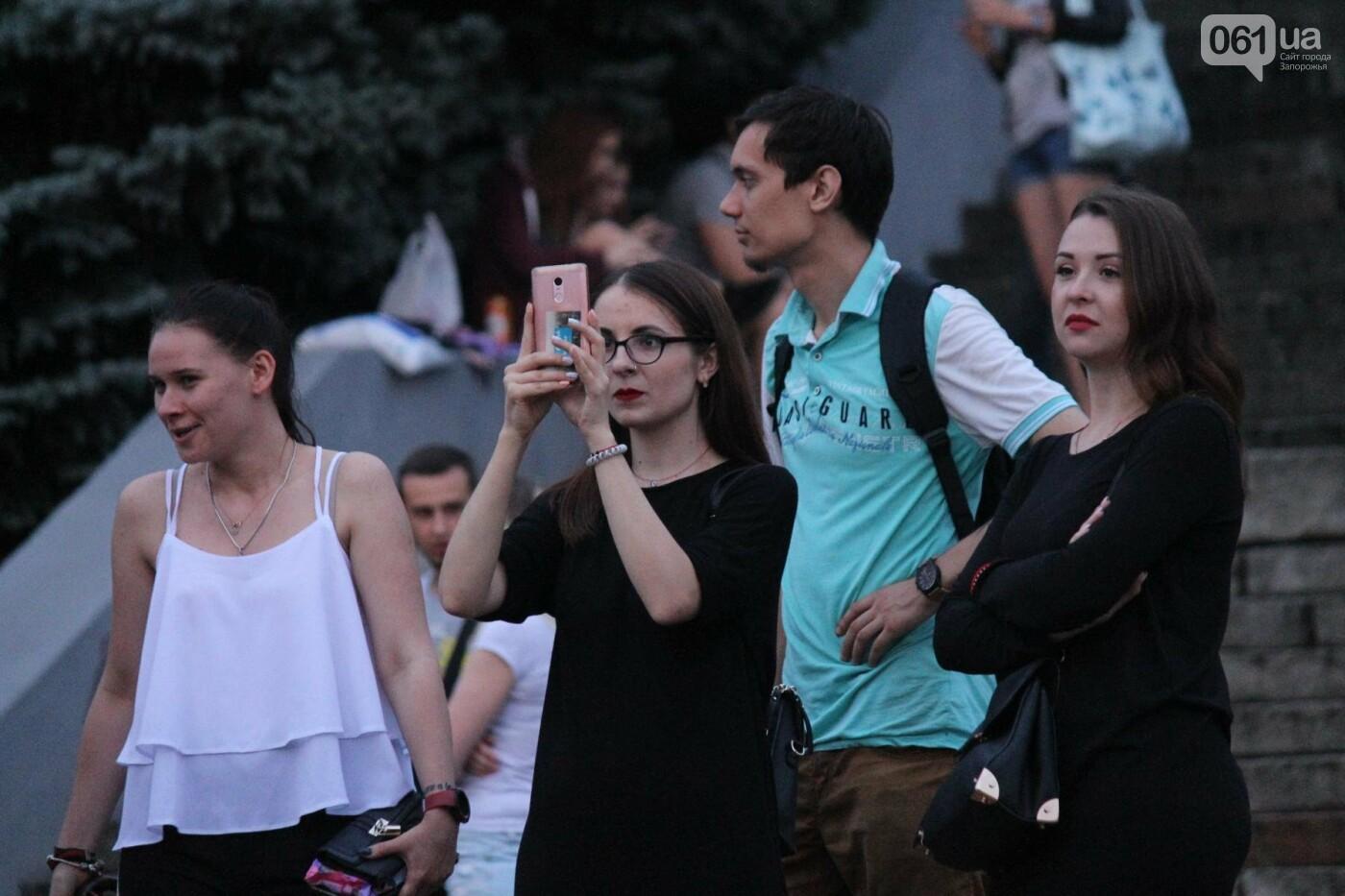 «Morphom» и «Constantine»: как в Запорожье прошел большой концерт ко Дню молодежи, – ФОТОРЕПОРТАЖ, фото-44