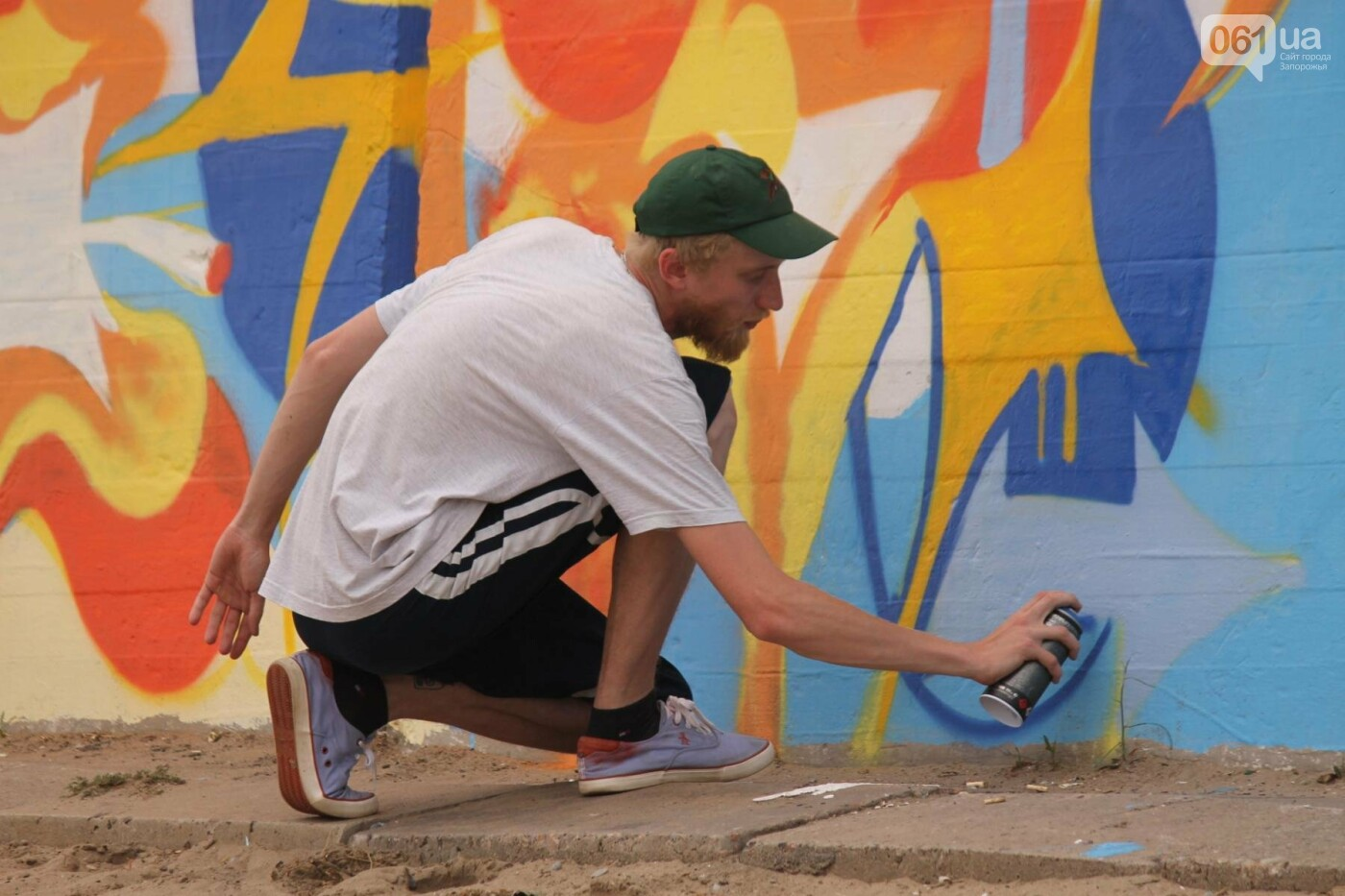 В Запорожье на пляже закончился фестиваль граффити: разрисовали 150 метров бетонной стены, – ФОТОРЕПОРТАЖ, фото-32