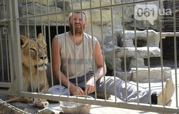 В доме с хищниками: как Александр Пылышенко прожил 36 дней с львицей и построил в Васильевке уникальный зоопарк, фото-6
