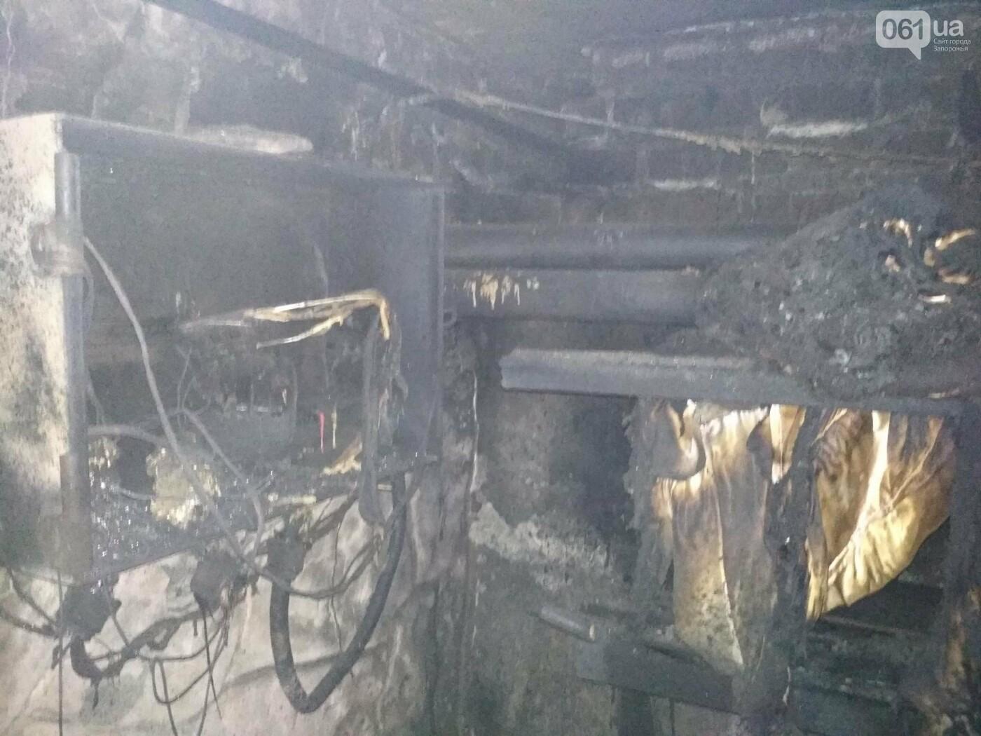 В Приморске загорелся частный дом - владелец в больнице, - ФОТО, фото-1