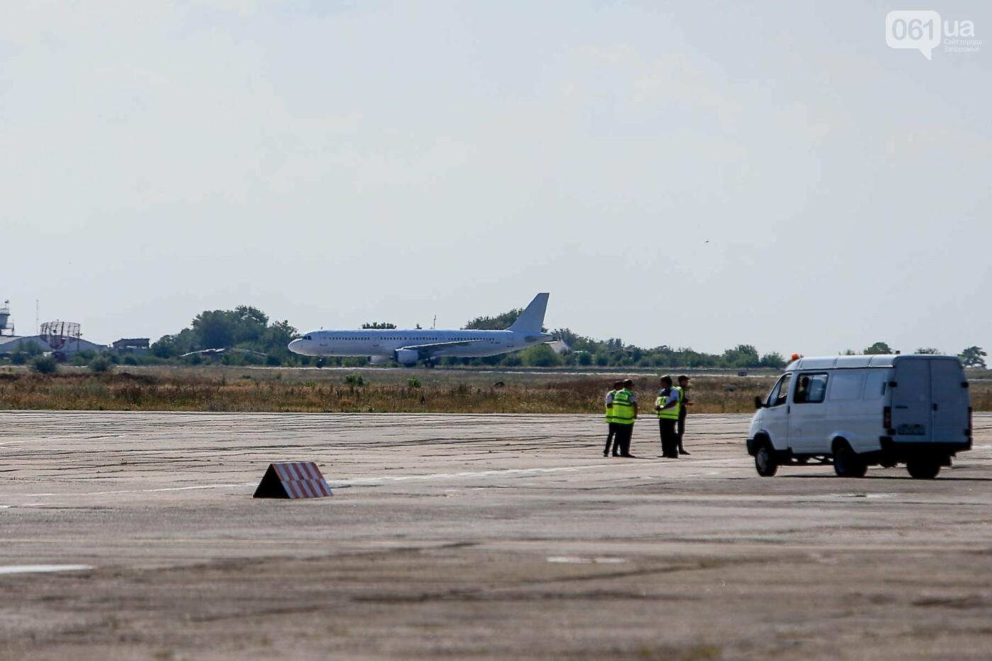 В Запорожье привезли тело туриста, погибшего после драки с россиянином, - ФОТОРЕПОРТАЖ, фото-5