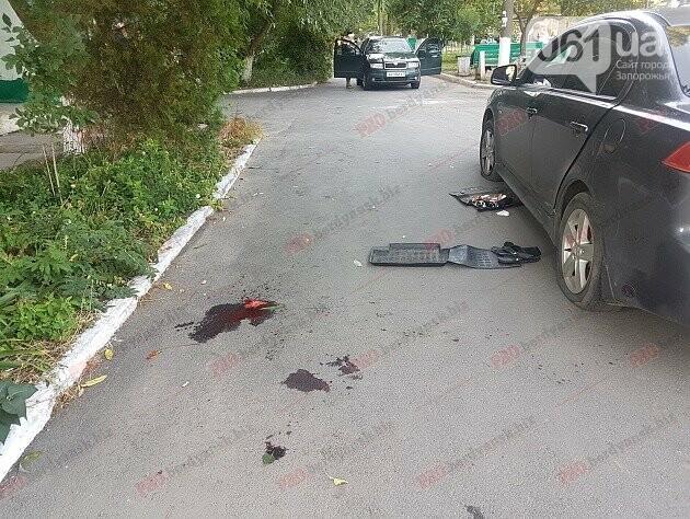 В Бердянске напали на мужчину — он госпитализирован, злоумышленники разыскиваются, фото-1