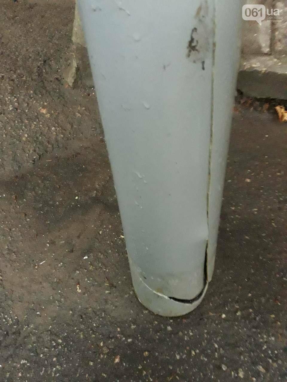 В Запорожье из-за управляющей компании подъезд заливает водопадом, - ФОТО, ВИДЕО, фото-4
