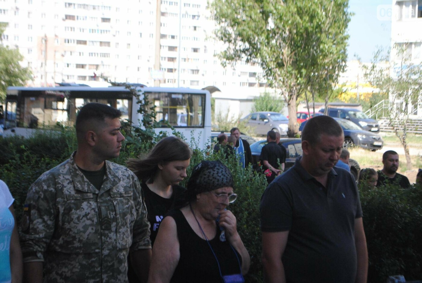 В Запорожье простились с военным, погибшим в бою, - ФОТОРЕПОРТАЖ, фото-8