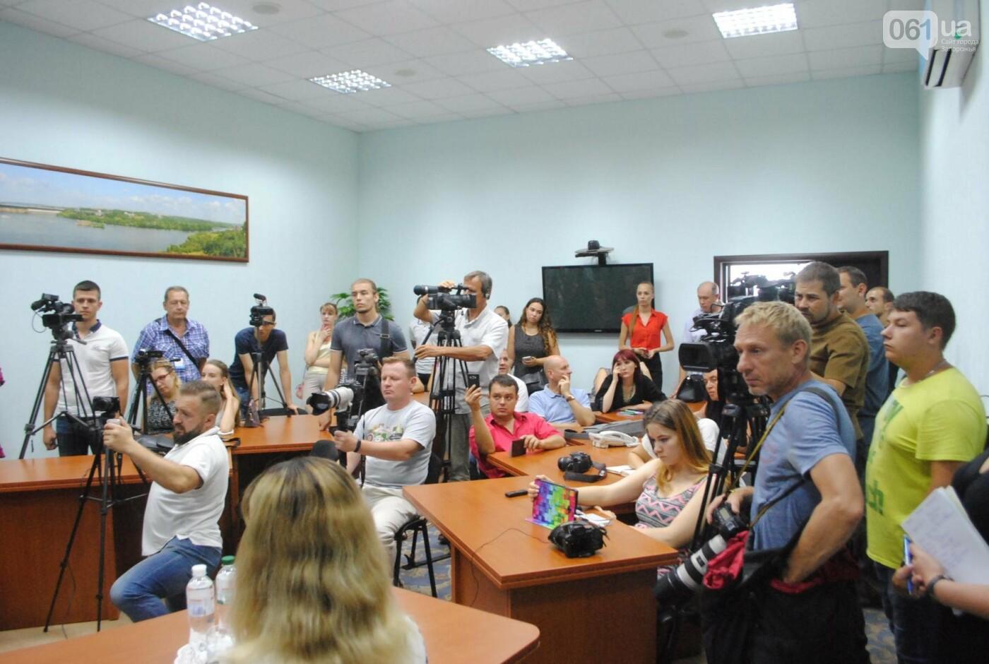 За Олешко следили два дня: в полиции рассказали подробности покушения в Бердянске, - ФОТО, фото-6