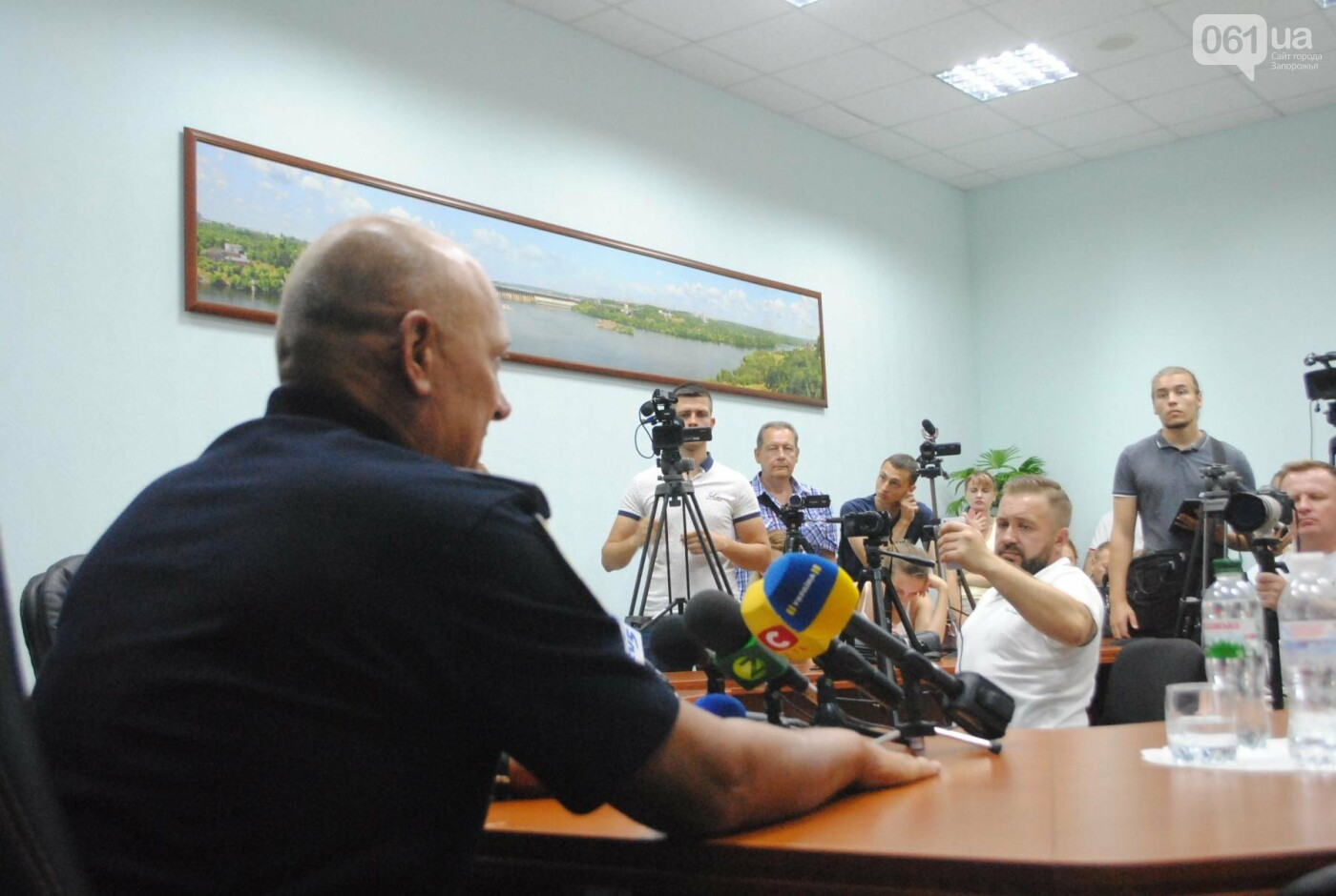 За Олешко следили два дня: в полиции рассказали подробности покушения в Бердянске, - ФОТО, фото-5