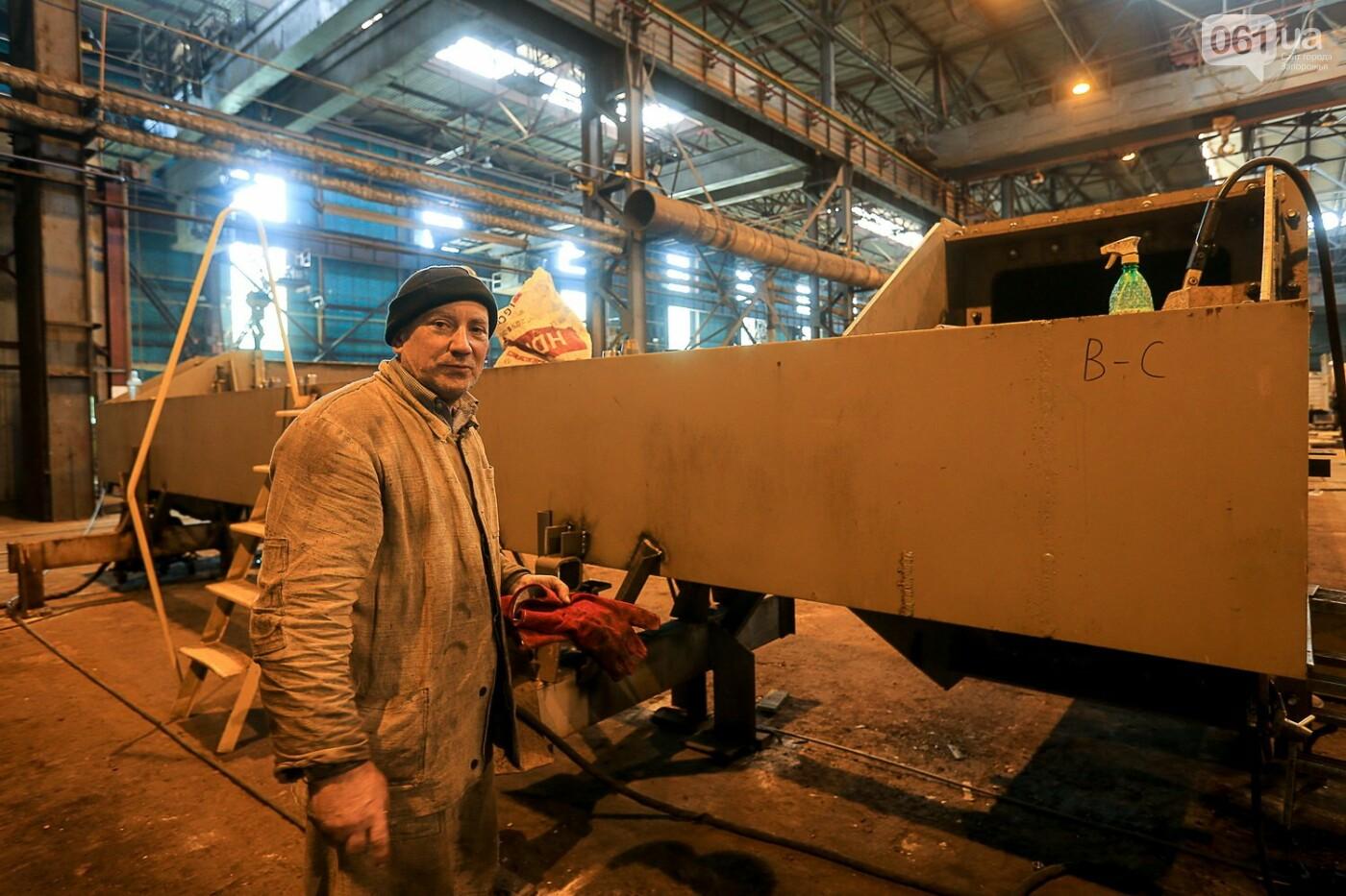 Как в Запорожье работает крупнейший в Европе завод по производству кранов: экскурсия на производство, — ФОТОРЕПОРТАЖ, фото-26