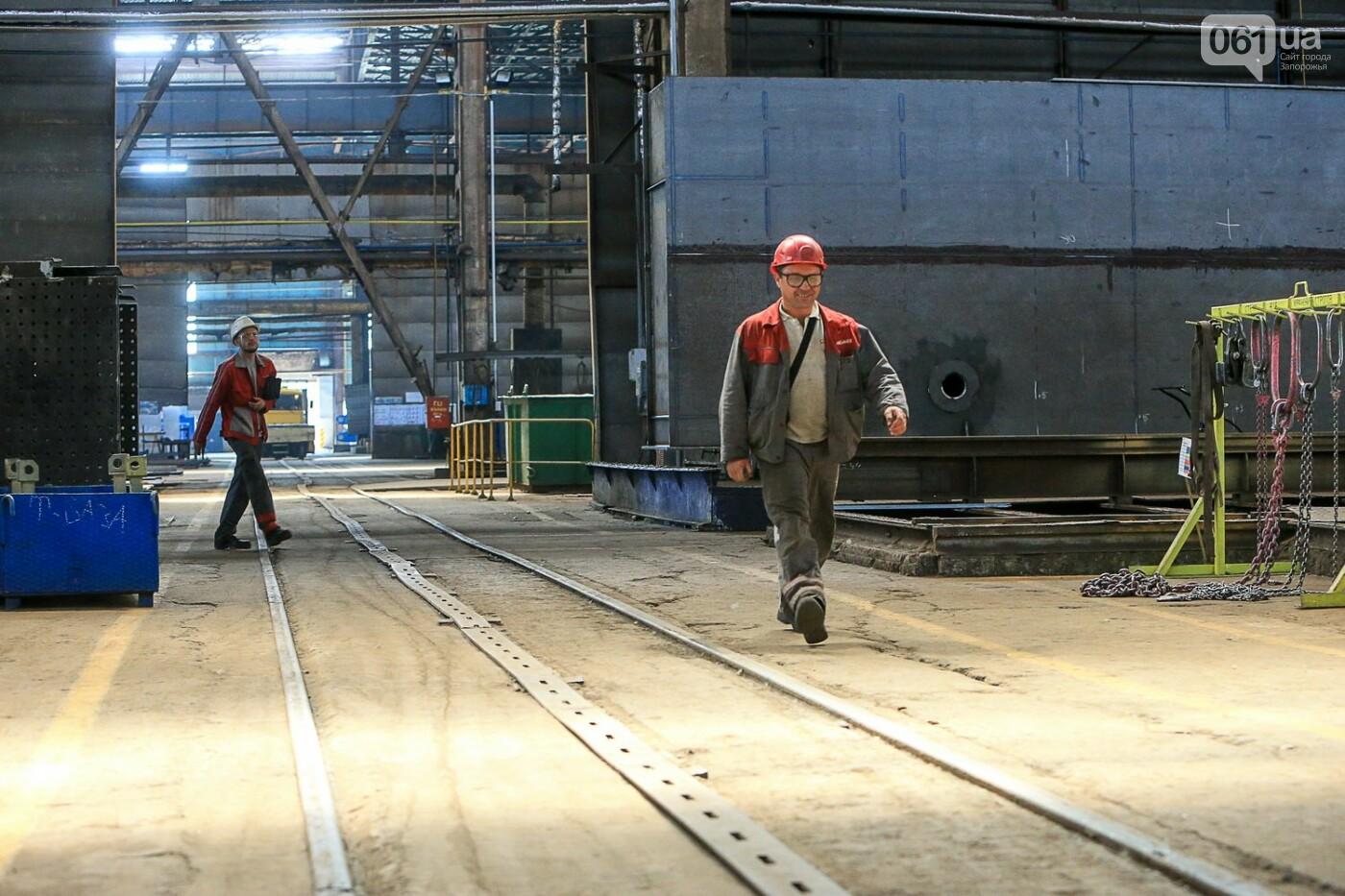 Как в Запорожье работает крупнейший в Европе завод по производству кранов: экскурсия на производство, — ФОТОРЕПОРТАЖ, фото-8