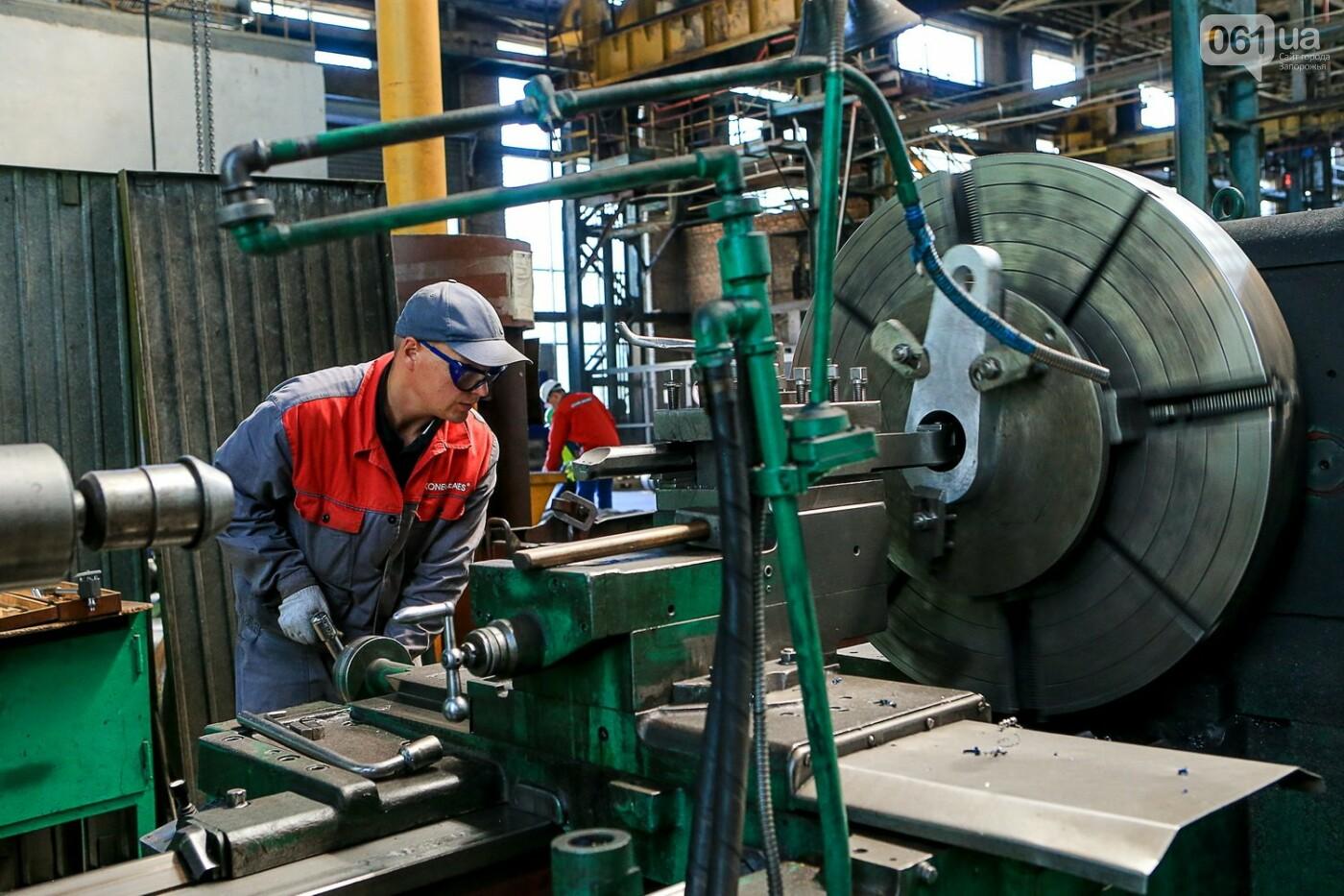 Как в Запорожье работает крупнейший в Европе завод по производству кранов: экскурсия на производство, — ФОТОРЕПОРТАЖ, фото-44