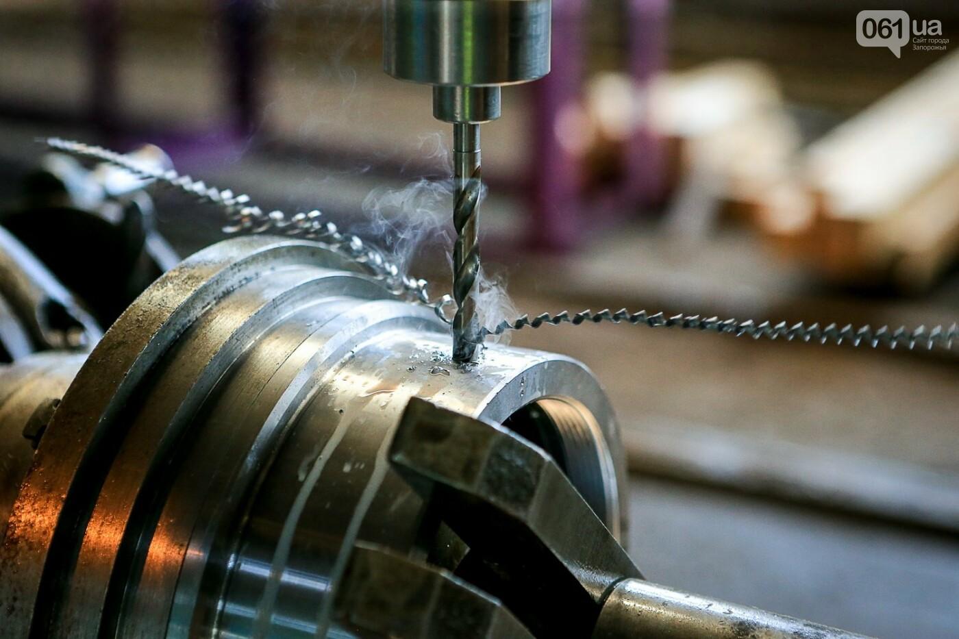 Как в Запорожье работает крупнейший в Европе завод по производству кранов: экскурсия на производство, — ФОТОРЕПОРТАЖ, фото-40