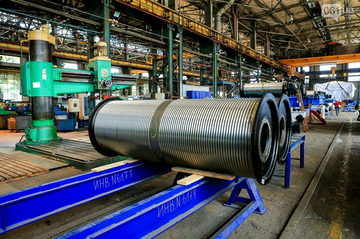 Как в Запорожье работает крупнейший в Европе завод по производству кранов: экскурсия на производство, — ФОТОРЕПОРТАЖ, фото-59
