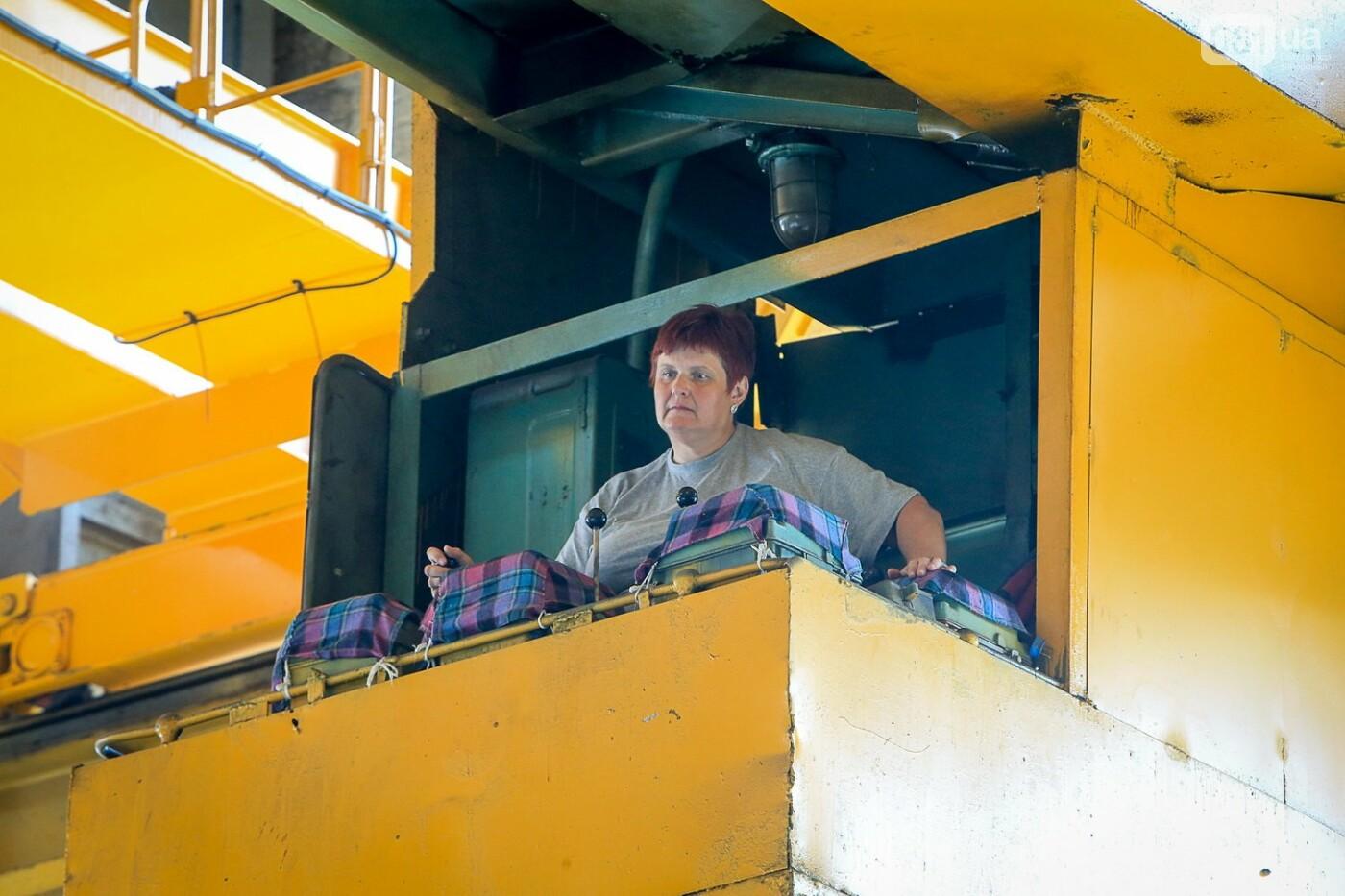 Как в Запорожье работает крупнейший в Европе завод по производству кранов: экскурсия на производство, — ФОТОРЕПОРТАЖ, фото-65