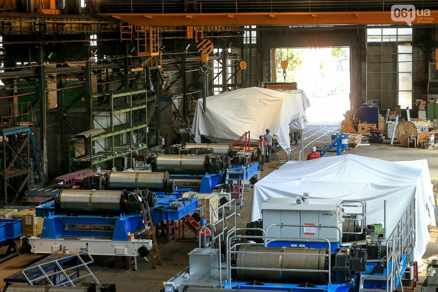 Как в Запорожье работает крупнейший в Европе завод по производству кранов: экскурсия на производство, — ФОТОРЕПОРТАЖ, фото-60