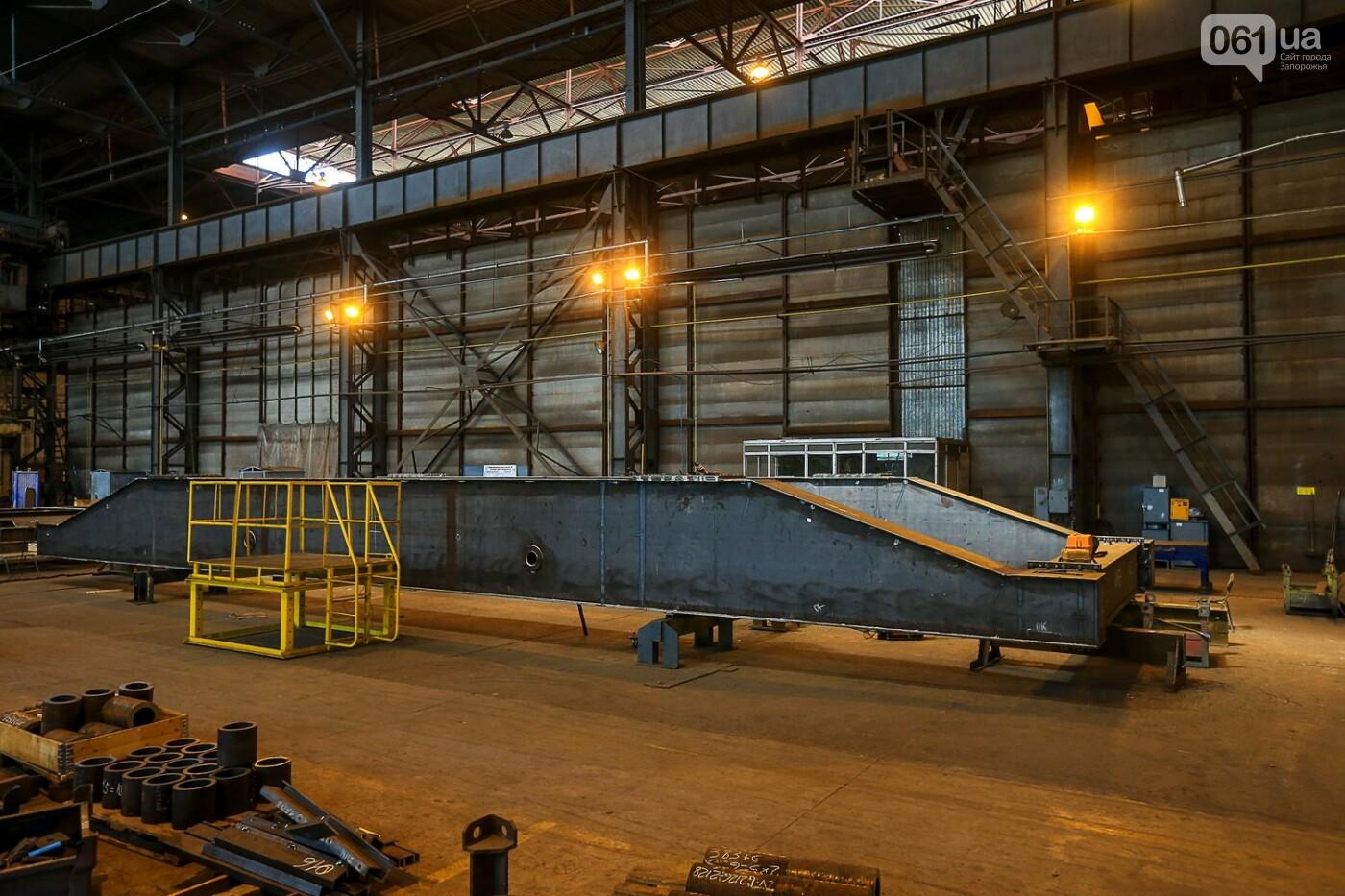 Как в Запорожье работает крупнейший в Европе завод по производству кранов: экскурсия на производство, — ФОТОРЕПОРТАЖ, фото-24
