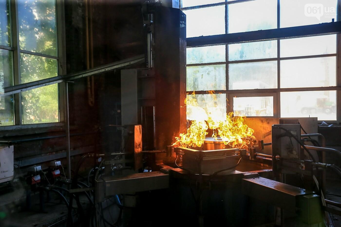 Как в Запорожье работает крупнейший в Европе завод по производству кранов: экскурсия на производство, — ФОТОРЕПОРТАЖ, фото-52