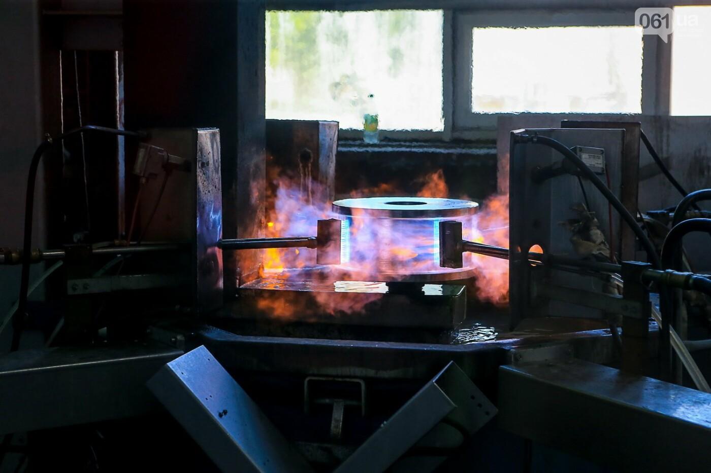 Как в Запорожье работает крупнейший в Европе завод по производству кранов: экскурсия на производство, — ФОТОРЕПОРТАЖ, фото-55