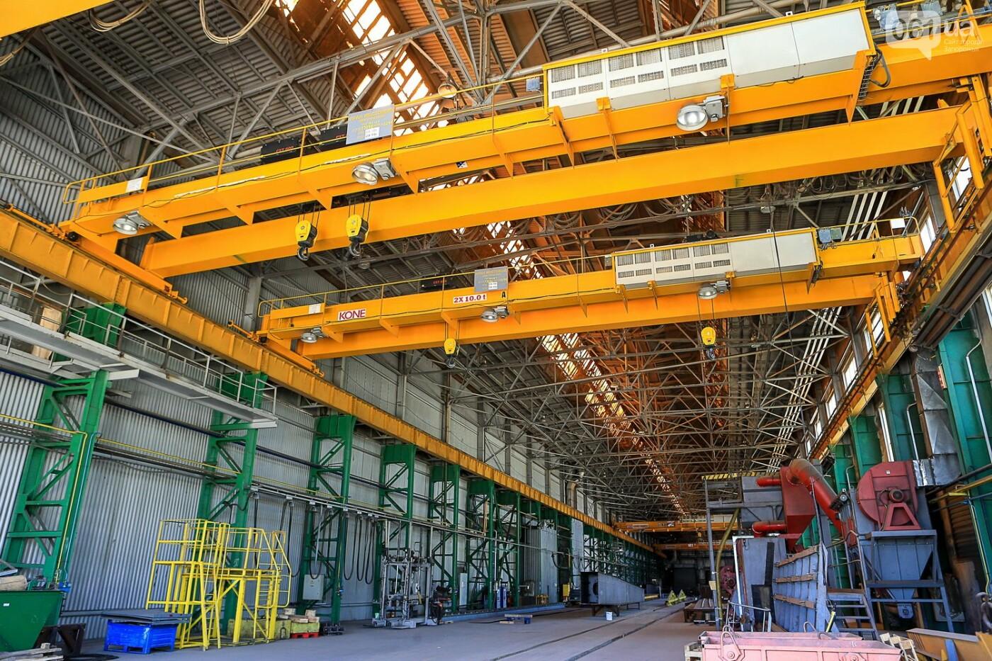 Как в Запорожье работает крупнейший в Европе завод по производству кранов: экскурсия на производство, — ФОТОРЕПОРТАЖ, фото-1