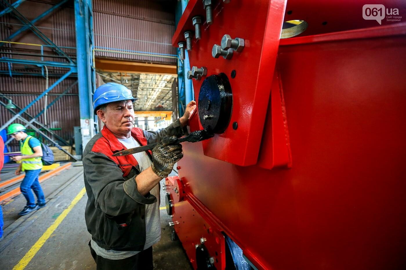 Как в Запорожье работает крупнейший в Европе завод по производству кранов: экскурсия на производство, — ФОТОРЕПОРТАЖ, фото-68