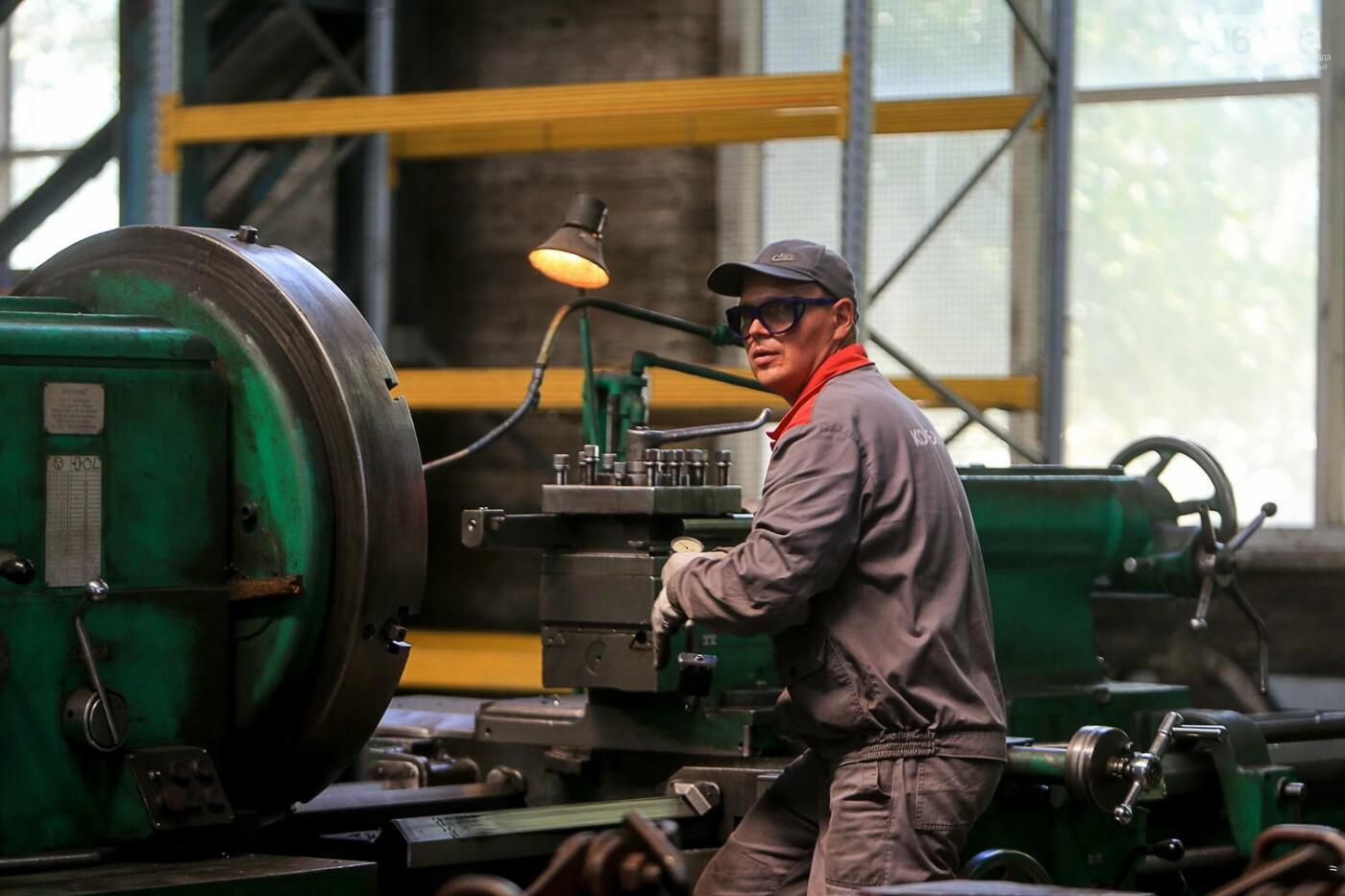 Как в Запорожье работает крупнейший в Европе завод по производству кранов: экскурсия на производство, — ФОТОРЕПОРТАЖ, фото-48