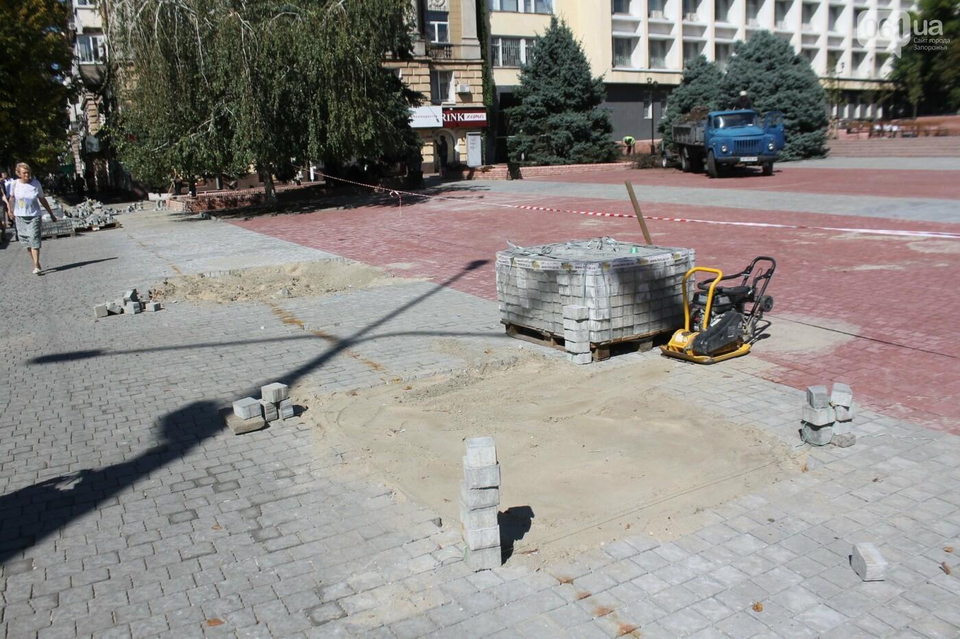 Как выглядит обновленный сквер Театральный за сутки до торжественного открытия, – ФОТОРЕПОРТАЖ, фото-24