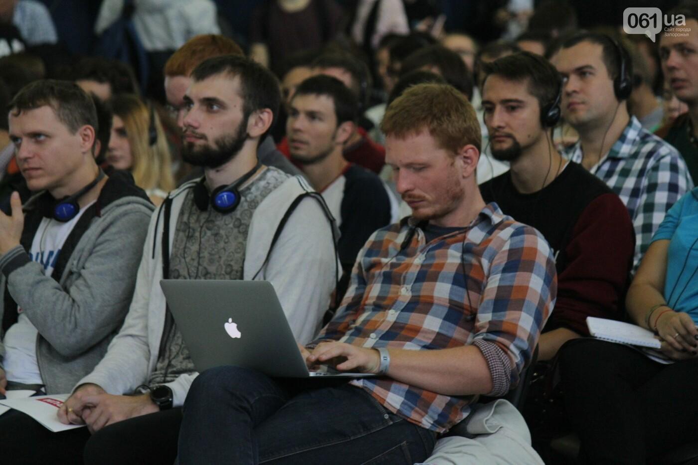 Роботы, киберспорт и спикеры-иностранцы: в Запорожье начался International IT Forum, – ФОТОРЕПОРТАЖ, фото-13