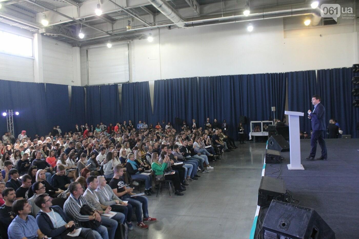 Роботы, киберспорт и спикеры-иностранцы: в Запорожье начался International IT Forum, – ФОТОРЕПОРТАЖ, фото-19