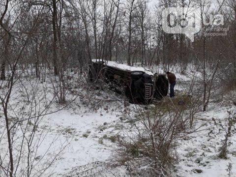 Под Мелитополем перевернулся микроавтобус - есть пострадавшие, - ФОТО, фото-2