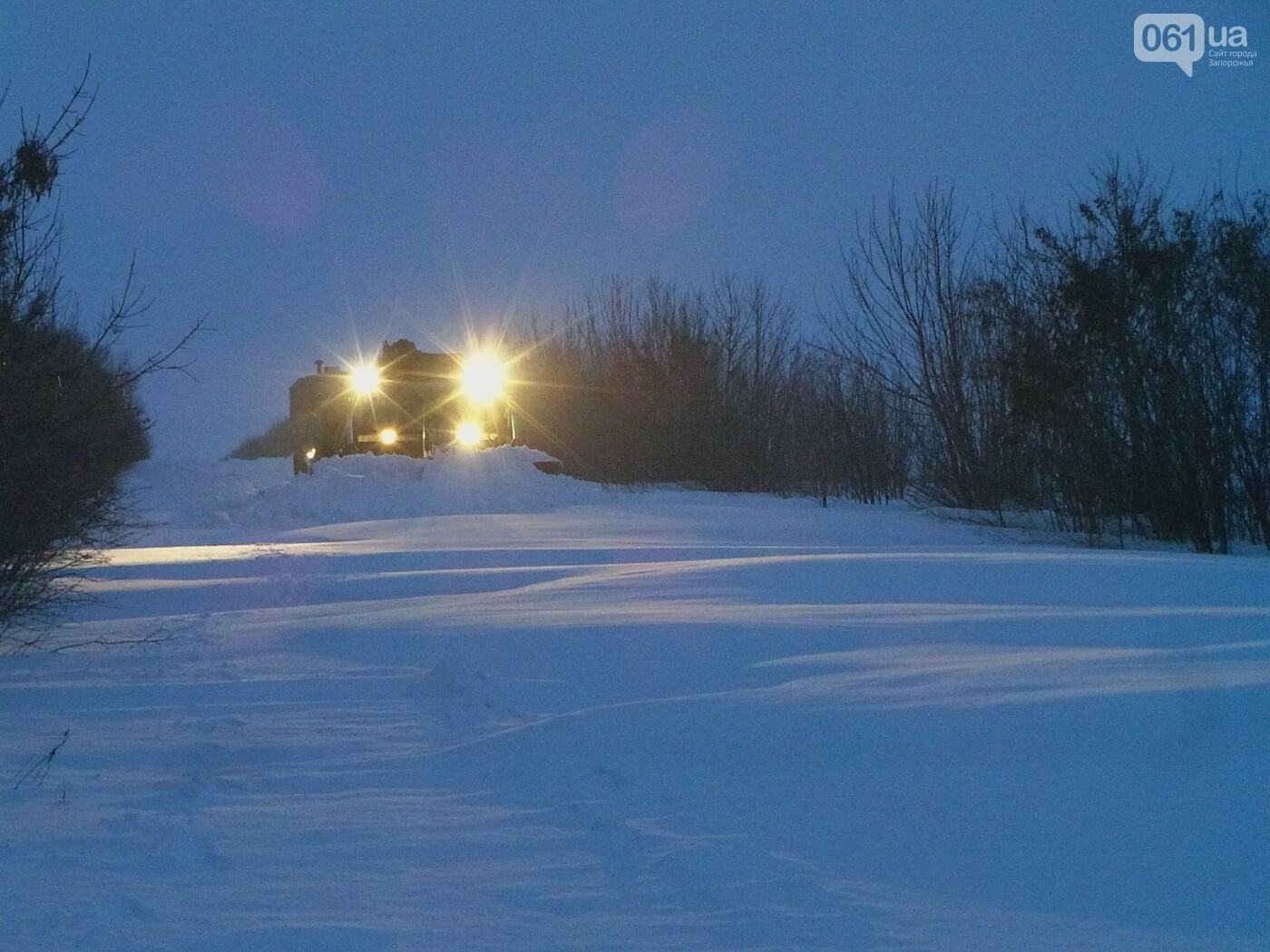 В Запорожской области за 4 суток из снега вытащили 192 машины, спасены 453 человека, - ФОТО, ВИДЕО, фото-7