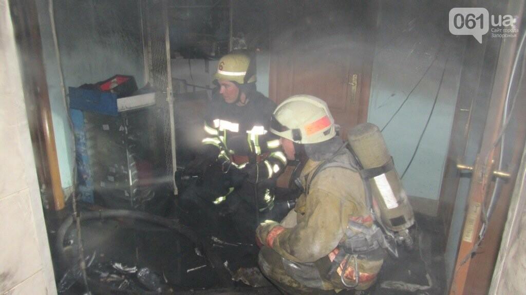 На Кичкасе тушили пожар в магазине, - ФОТО, фото-7