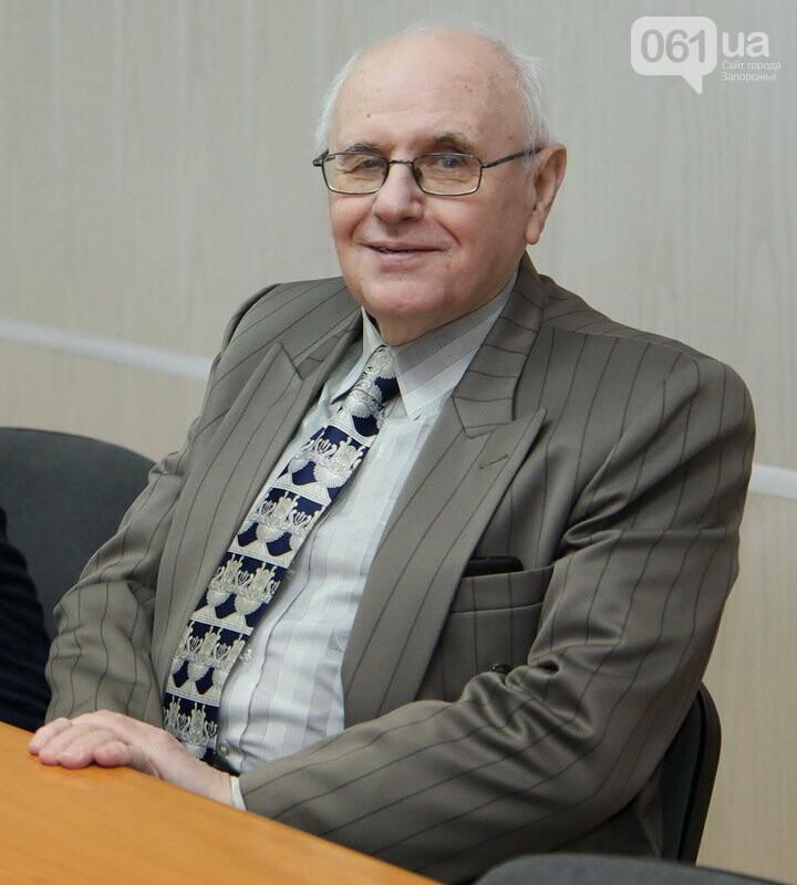Ветеран трансформаторостроения получил медаль «За развитие Запорожского края», фото-2